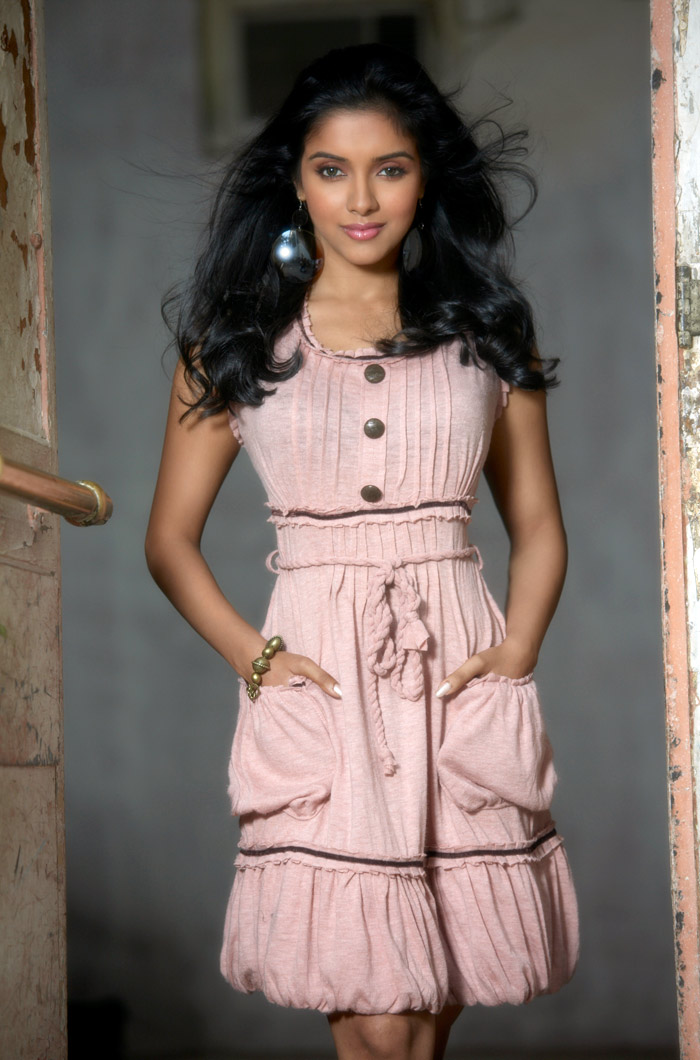 Actress ASIN in New look