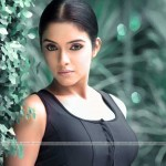 62 150x150 Actress ASIN in New look
