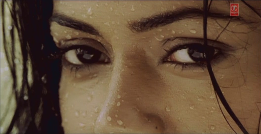 Actress Sameera hot eyes