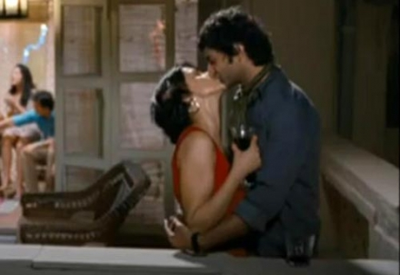 Gul panag turning 30 Gul Panag   turning 30 hindi movie