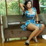 Priya-Ahuja-hot-exposure