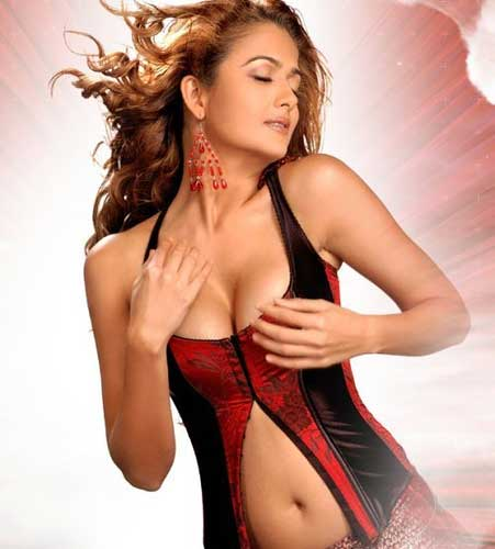 amrita-arora-hot-photo