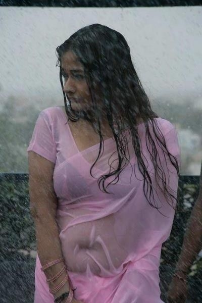 kiran-rathod-hot-rain-photo