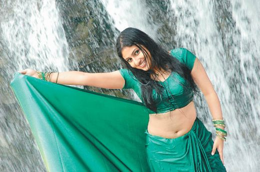 tamil-actress- monica-new-hot-images