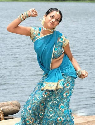 Bhavana-hot-navel