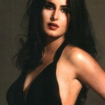 Zarine Khan hot cleavage 150x150 Zarine Khan hot bikini navel photos