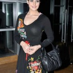 Zarine Khan hot cleavage new 150x150 Zarine Khan hot bikini navel photos