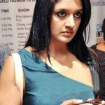vimala-raman-hot-gallery-cleavage