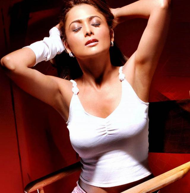 Pity, that Amrita arora hot bollywood actress excellent message