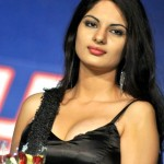 Jinal-Pandya-hot-cleavage-stills