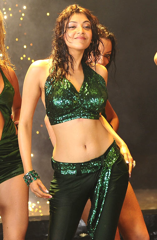 kajal-agarwal-hot-navel-new