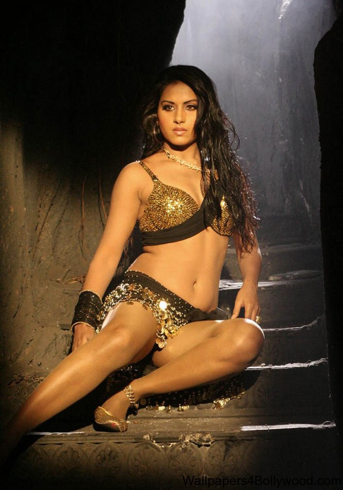 Rachna Maurya Hot Photos