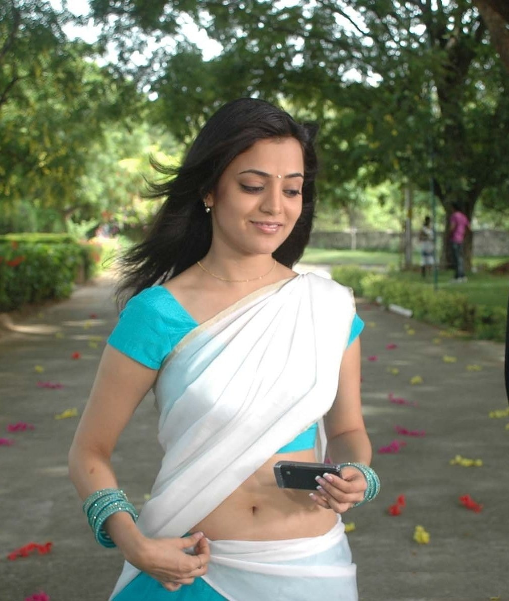 Nisha-Agarwal-hot-navel