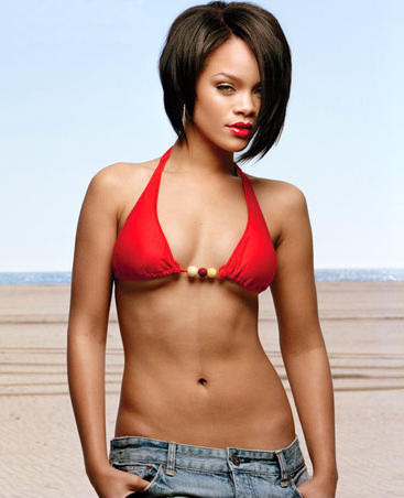 Rihanna-hot-cleavage-navel