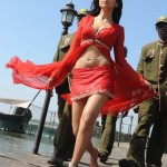 Shriya-Saran-hot-navel