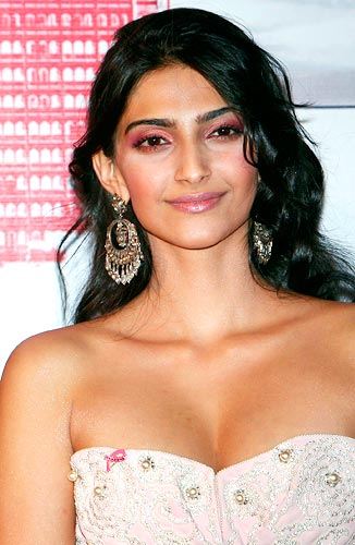 Sonam Kapoor Hot Spicy Photos
