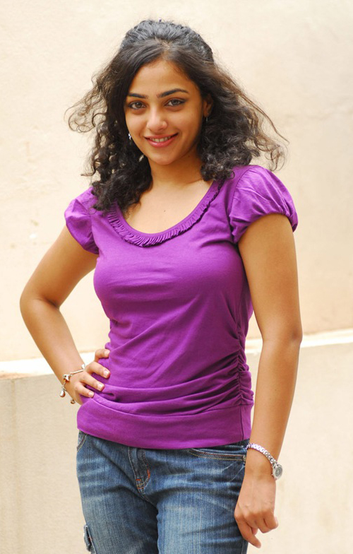 nitya-menon-navel-photos