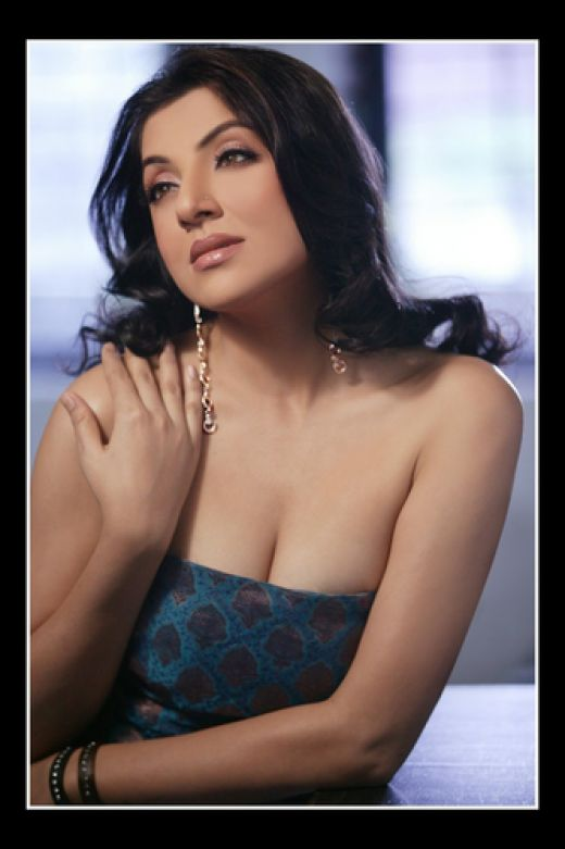 Hot-Bengali-actress-cleavage