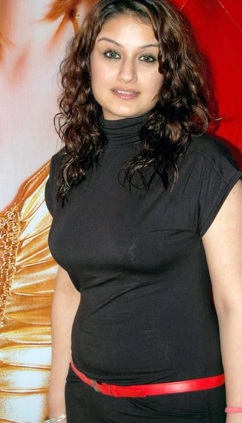 sonia-agarwal-new-hot