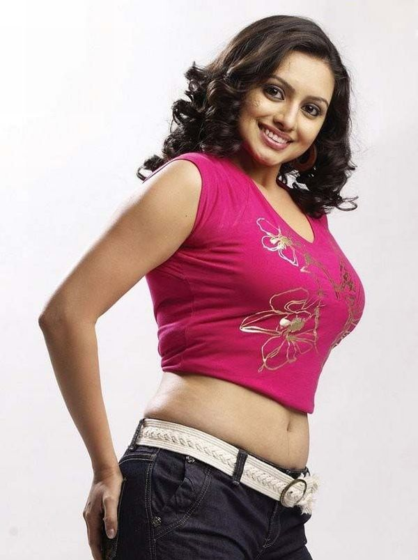 Hema-malini-hot-navel