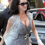Katy-Perry-hot-cleavage