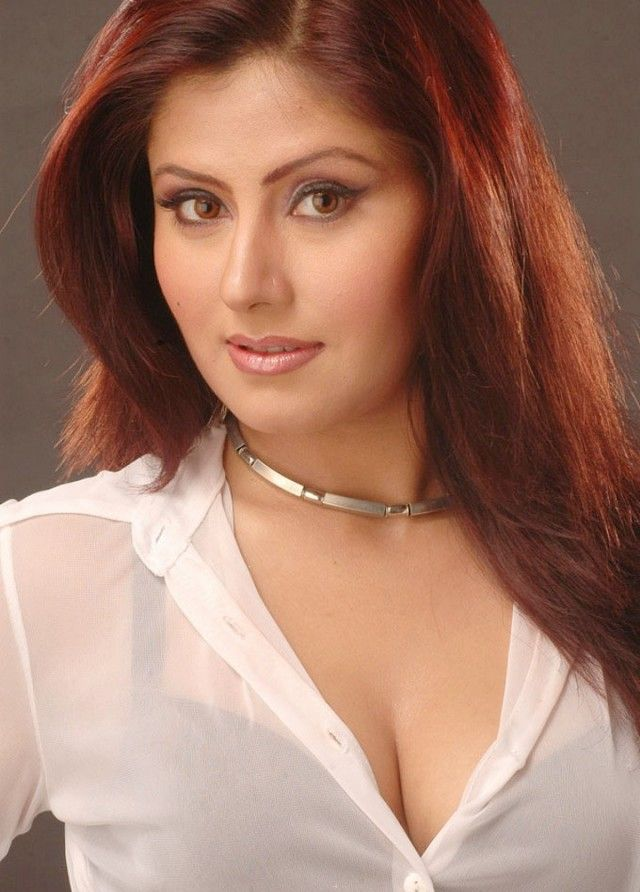 My-Husbands-Wife-movie-actress-hot-cleavage