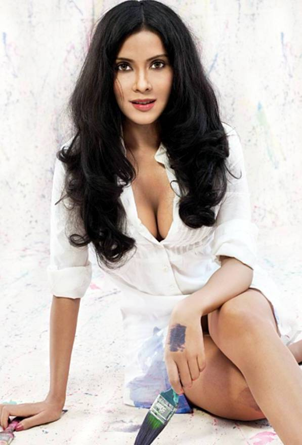 Nandana-Sen-hot-cleavage