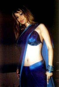Negar-Khan-hot-saree-navel