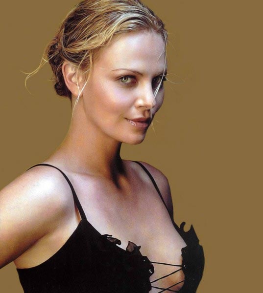 Charlize-Theron-hot-image