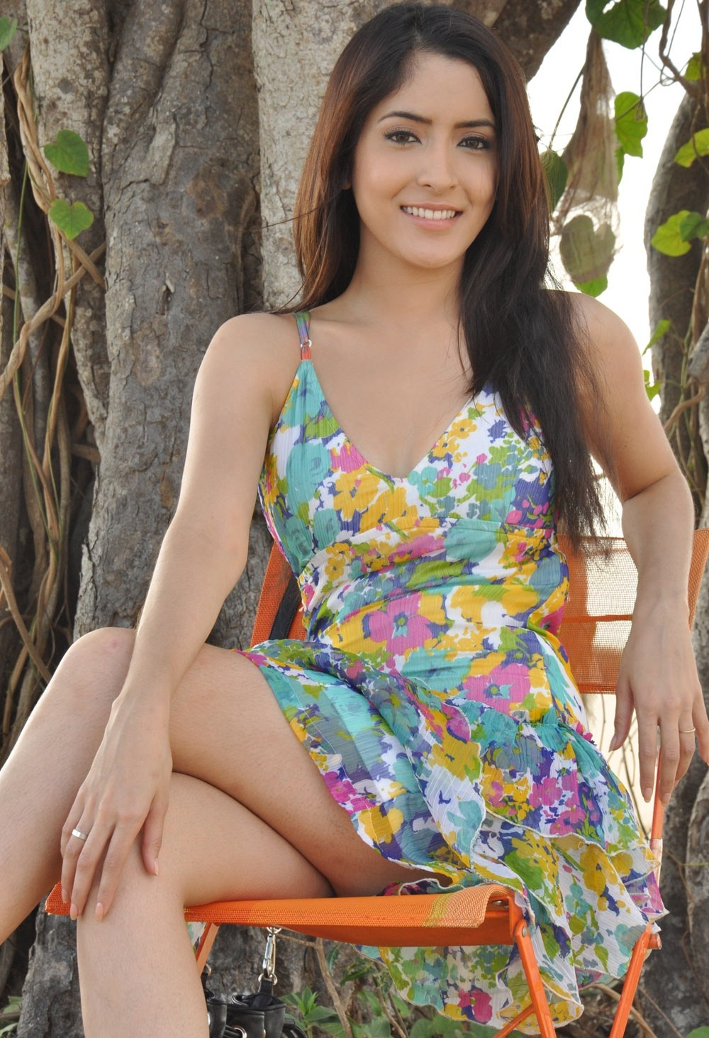 Niveditha-hot-image