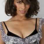 Paula-Patton-hot-spicy-cleavage