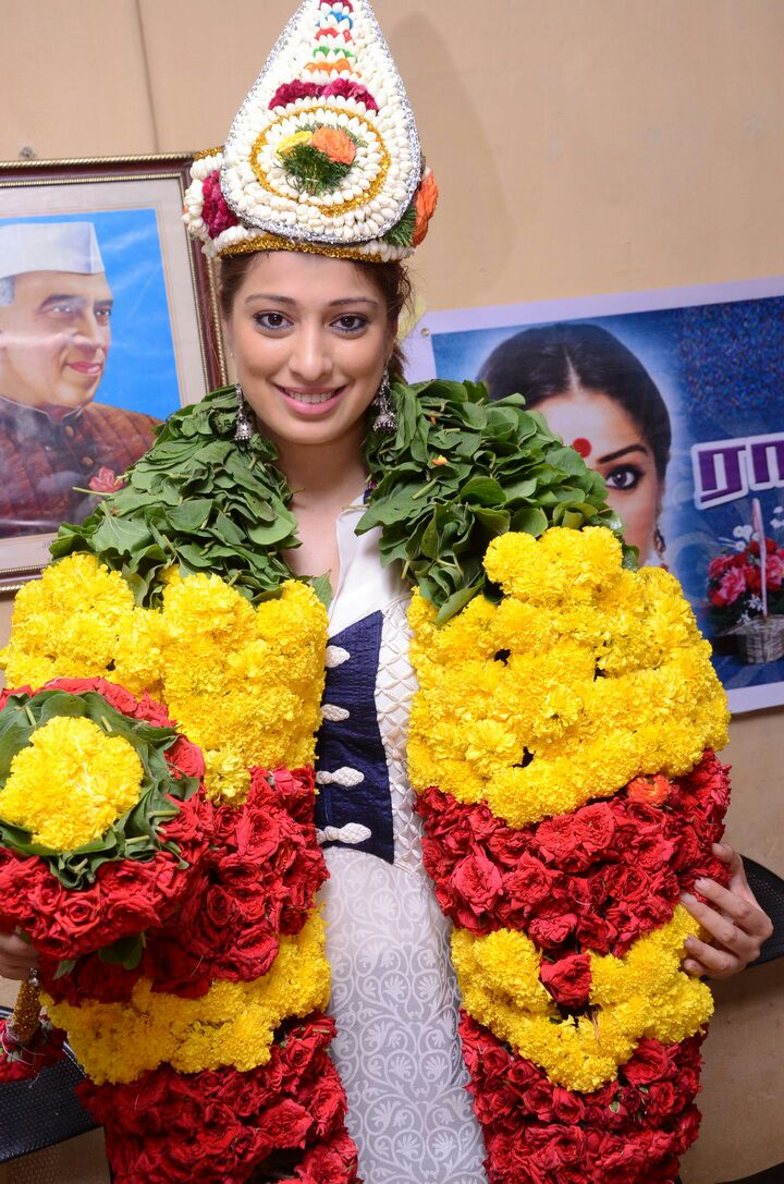 Laxmi-raai-b'day-photos-6