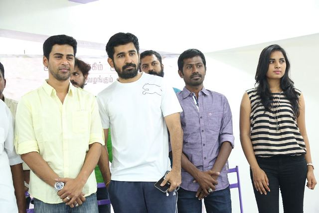 Puriyatha-Anandham-Puthithaga-press-meet-17