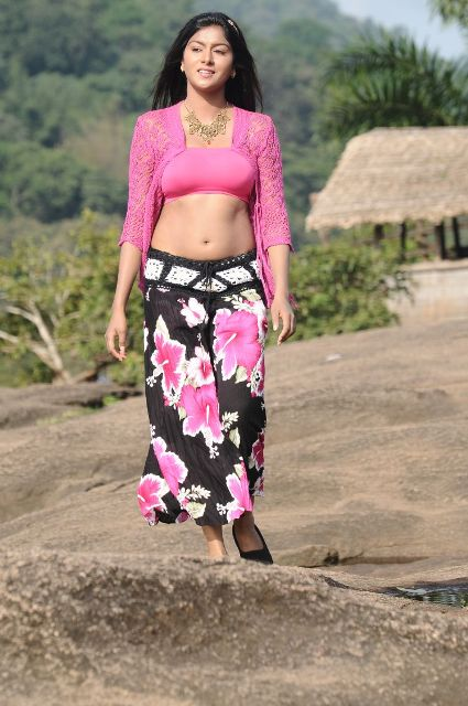 Nanbargal-Narpani-Mantram-Movie-Stills-8