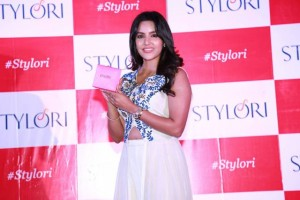 priya anand stills 5 300x200 Priya Anand Stills at Stylori Launch