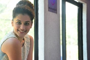 taapsee-latest-stills-04