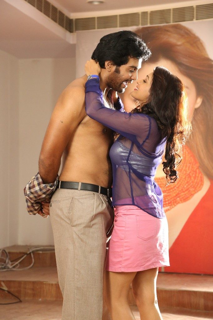 aayirathil-iruvar-movie-stills