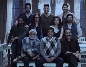 golmaal-again-family-images