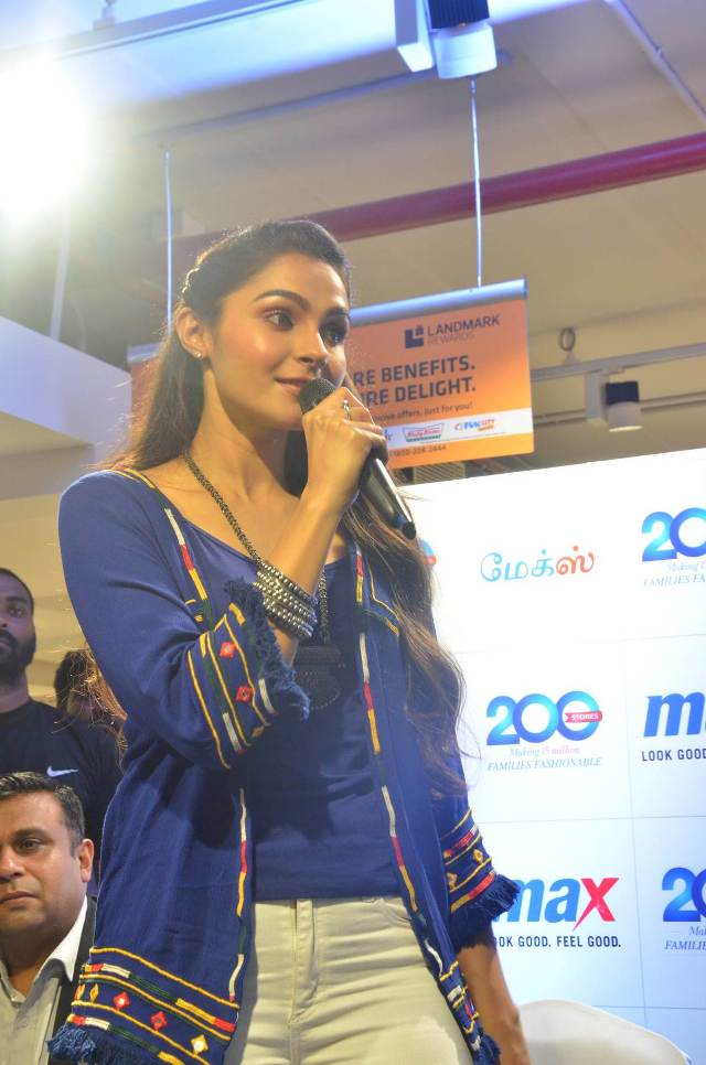 andrea_jeremiah_launches_200th_max_fashion_12