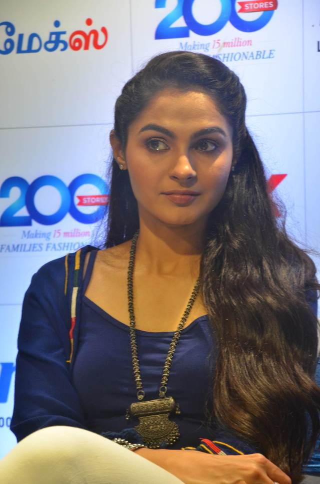 andrea_jeremiah_launches_200th_max_fashion_16