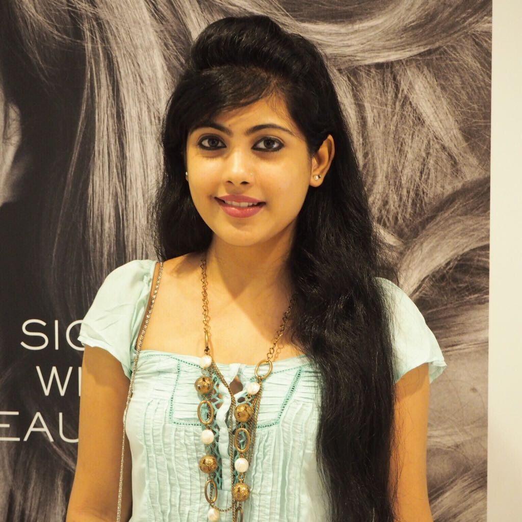 nayana_cute_stills_ (4)