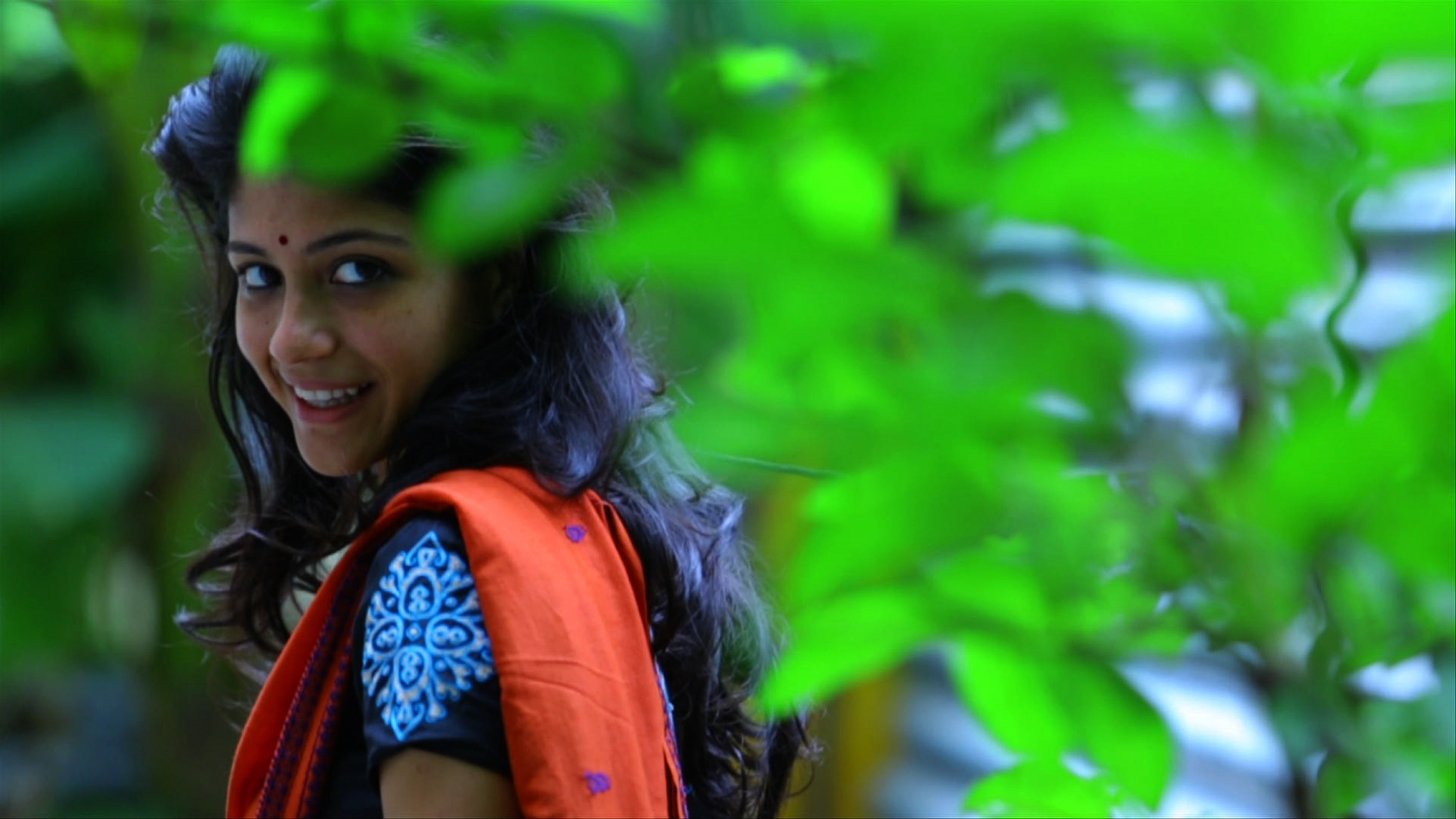 aruvi_movie_stills_ aditi_balan_ (1)