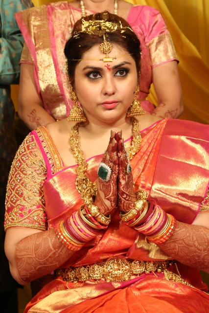 namitha_veera_marriage_photos_ (1)05