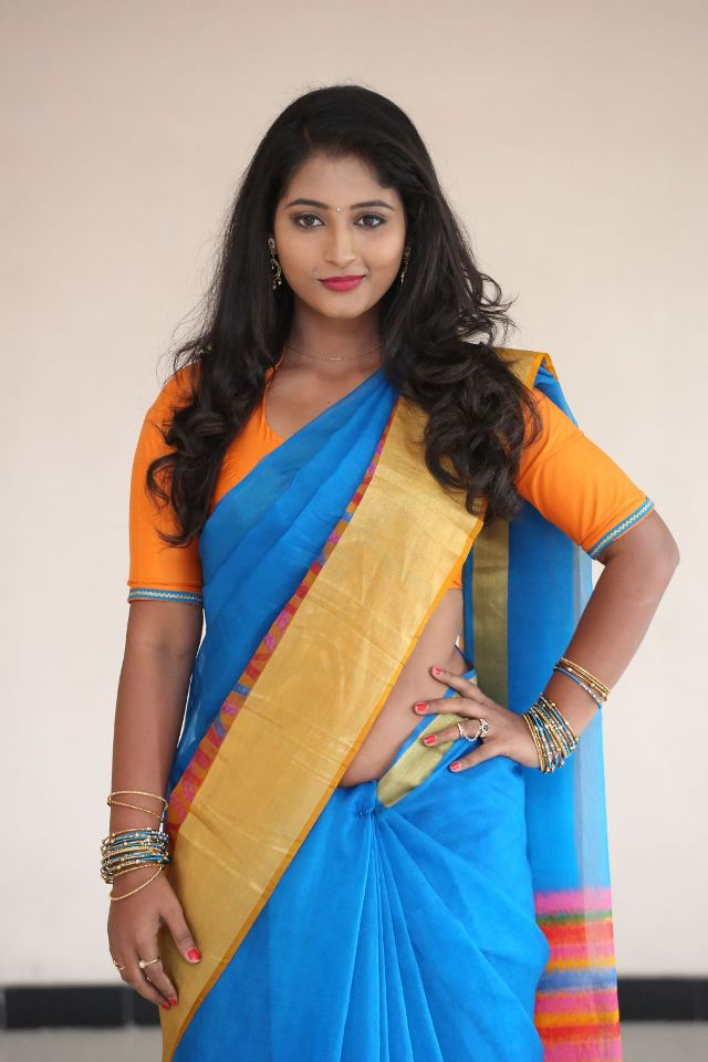 teja_reddy_hot_saree_stills_01