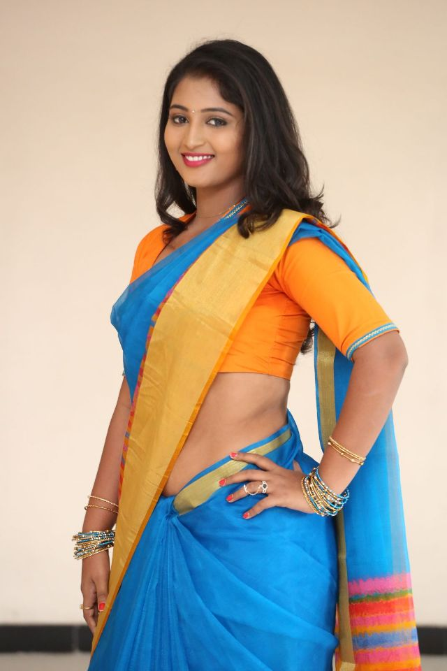teja_reddy_hot_saree_stills_06