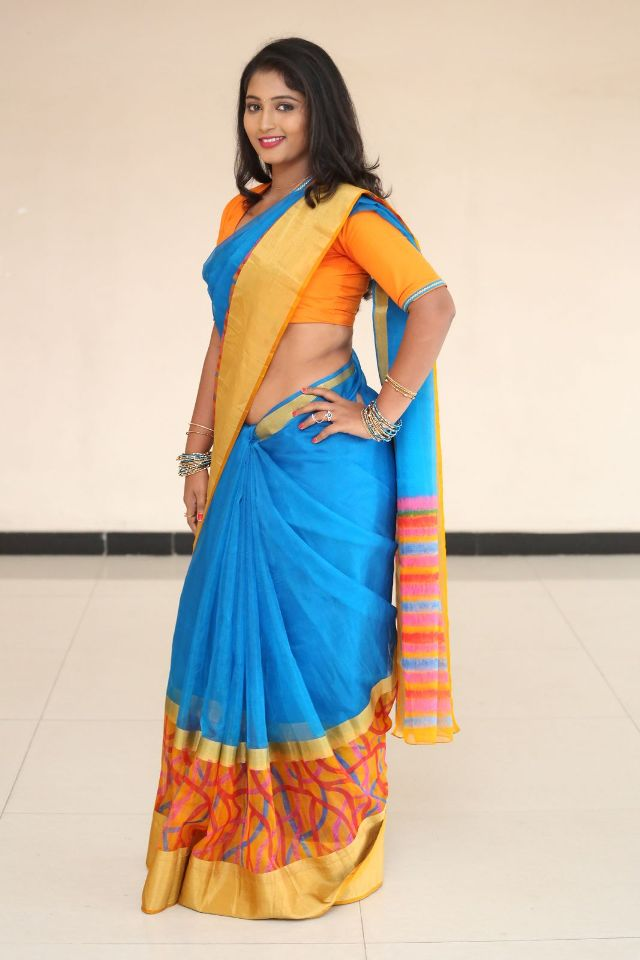 teja_reddy_hot_saree_stills_07