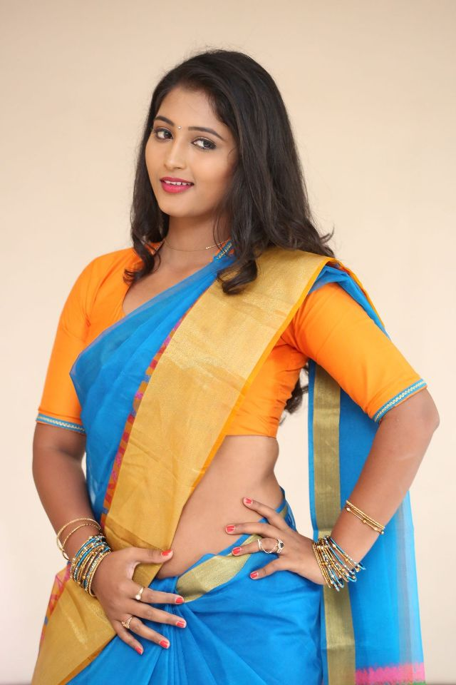 teja_reddy_hot_saree_stills_10