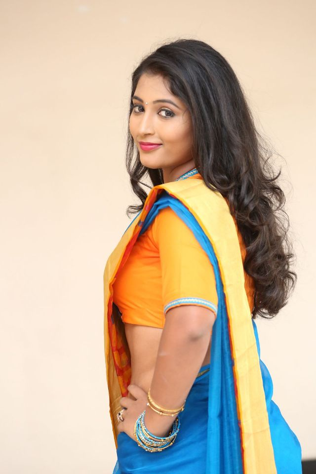 teja_reddy_hot_saree_stills_15