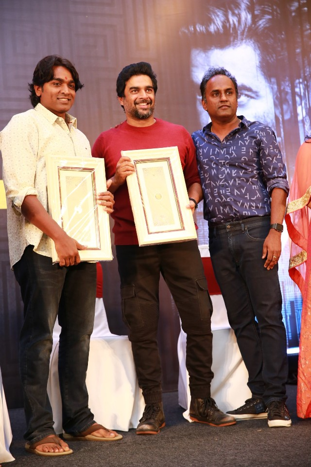 vikram_vedha_100_days_celebration_function_stills_001