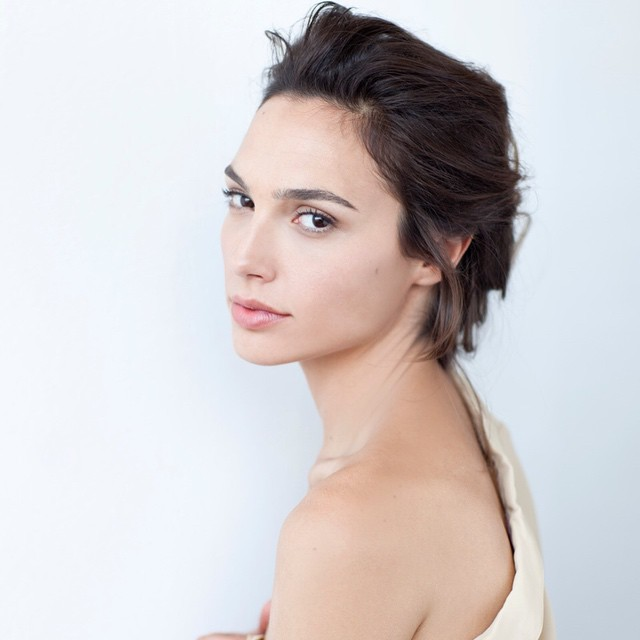 wondar_woman_gal_gadot_sexy_stills_05